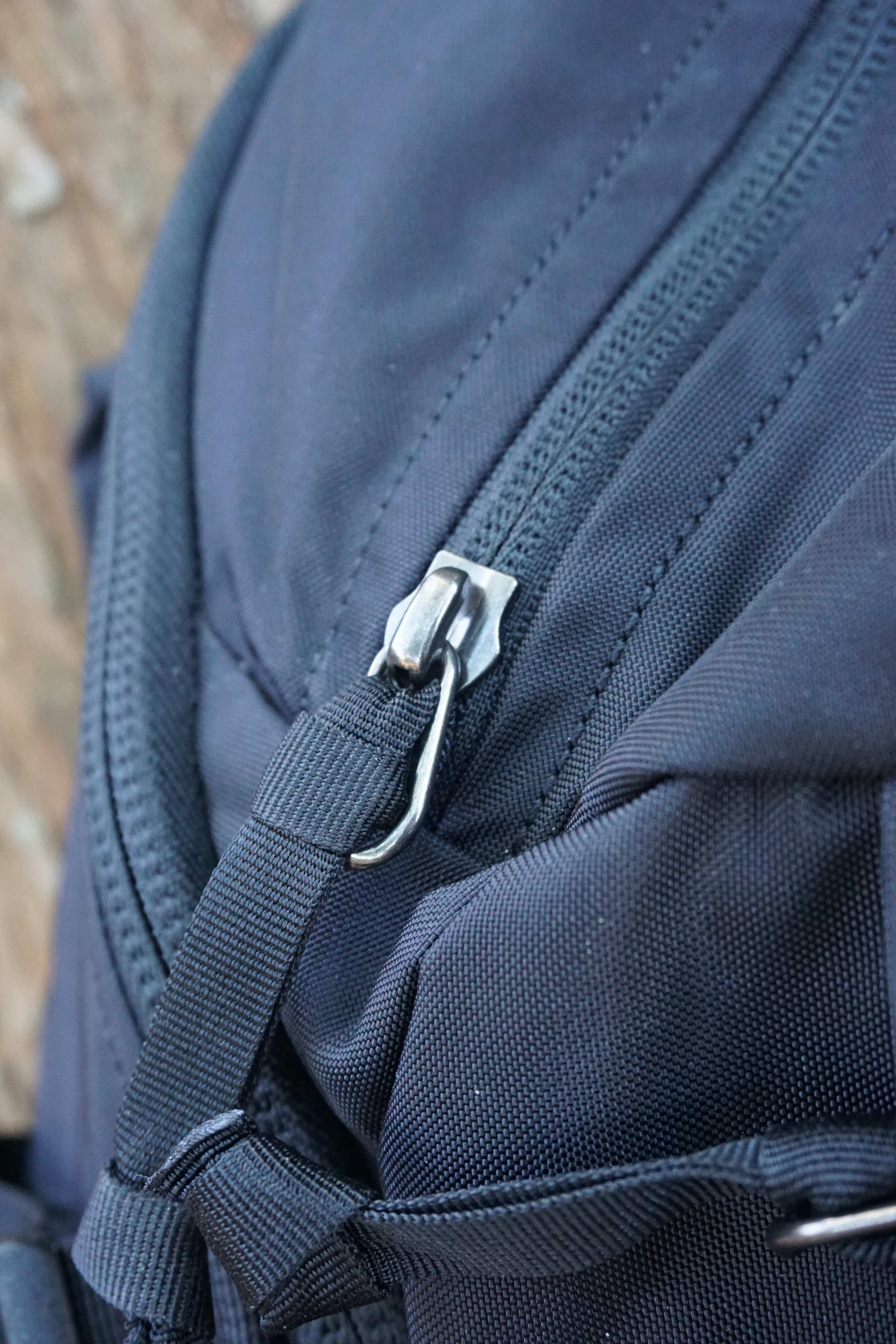 EVERGOODS MPL 30 Backpack Review zipper pull close up
