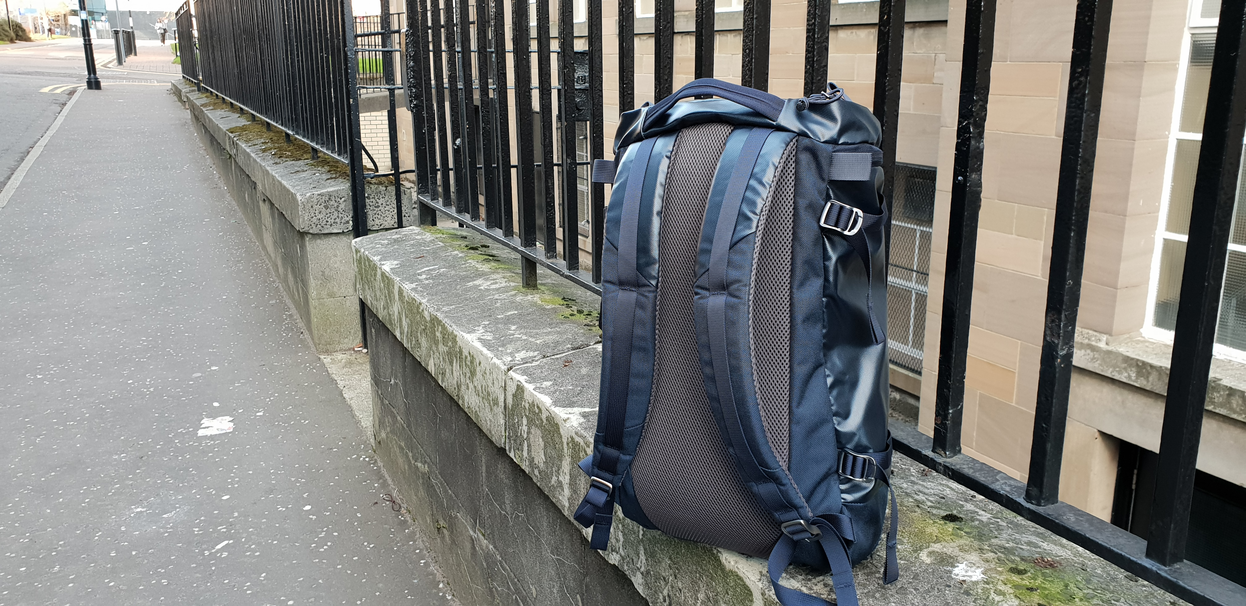 Mystery Ranch Robo Flip backpack review straps back panel mesh padding outdoors galaxy blue color sternum strap