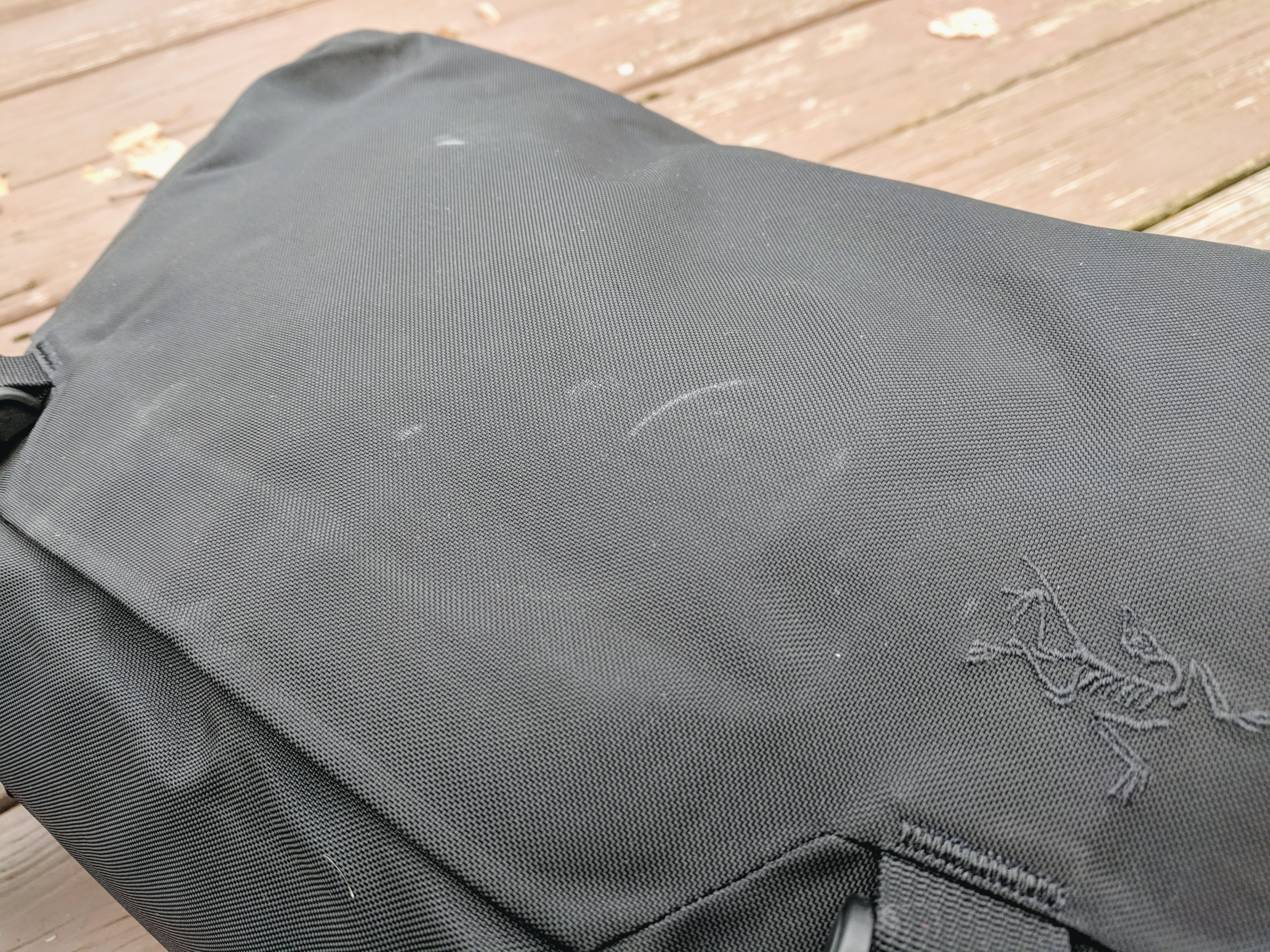 Arc'teryx Leaf courier 15 messenger bag review top flap marks durability scuffed
