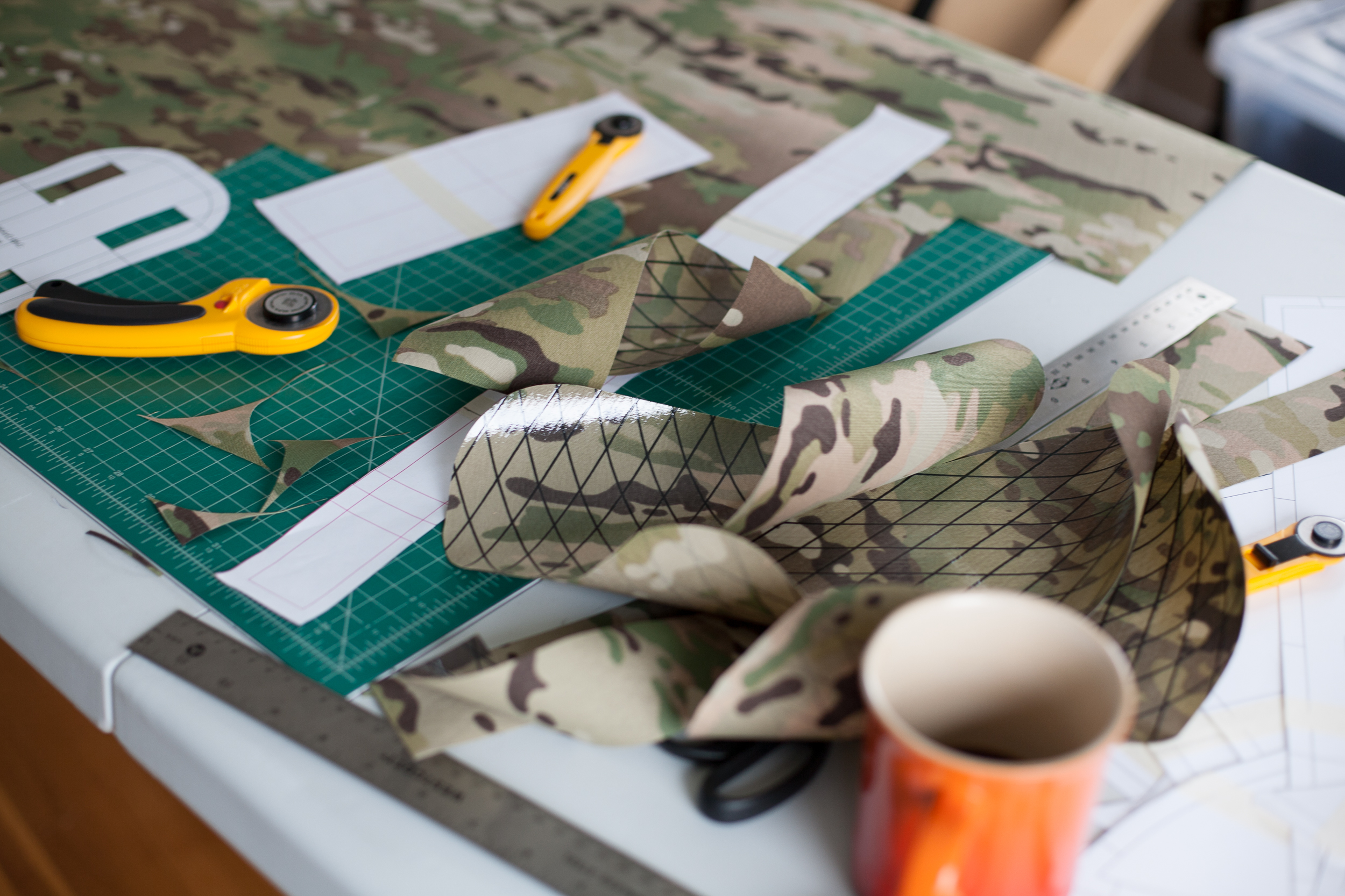 Remote Equipment cutting table multicam fabric samples