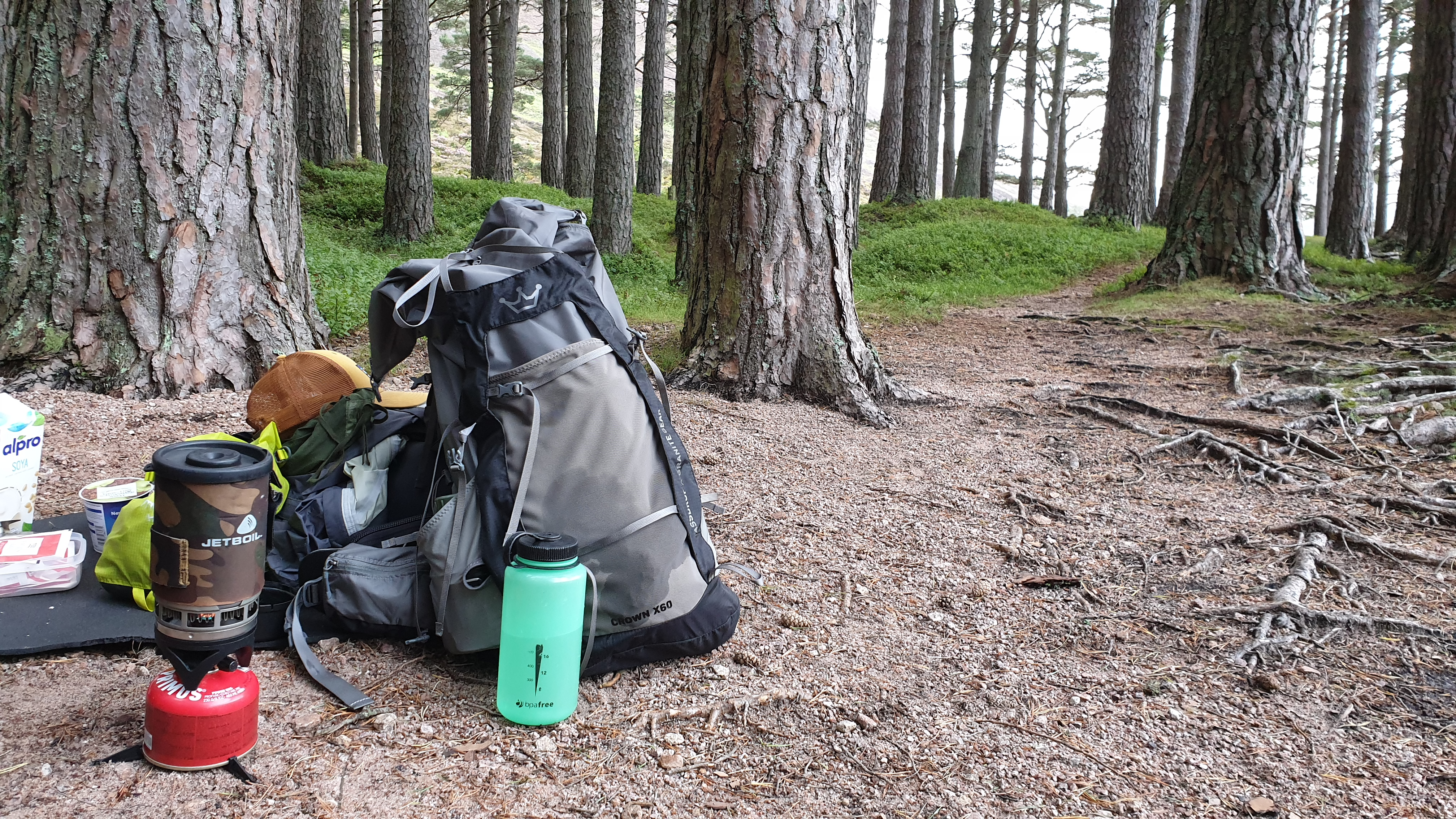 Massdrop x Granite Gear Crown X60 backpack review outdoors jetboil nalgene soy milk